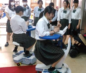 介護用ロボット体験