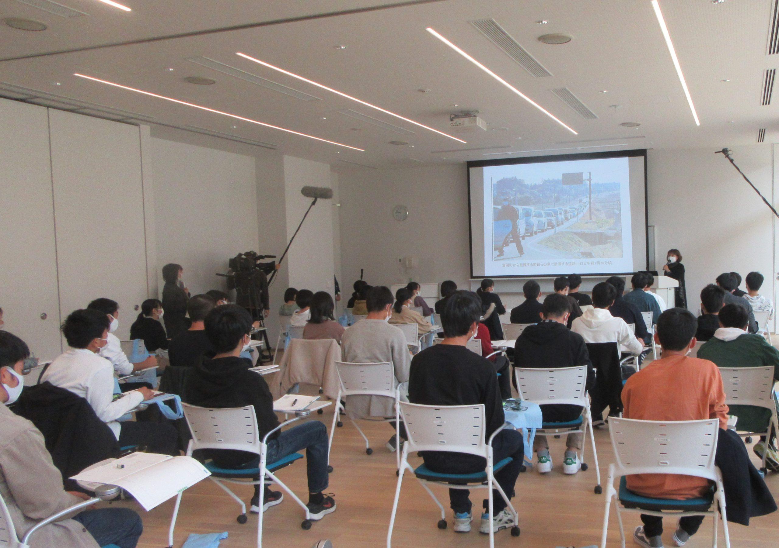 福岡県立福岡高等学校がホープツーリズムの一環で伝承館へ来館されまし ...