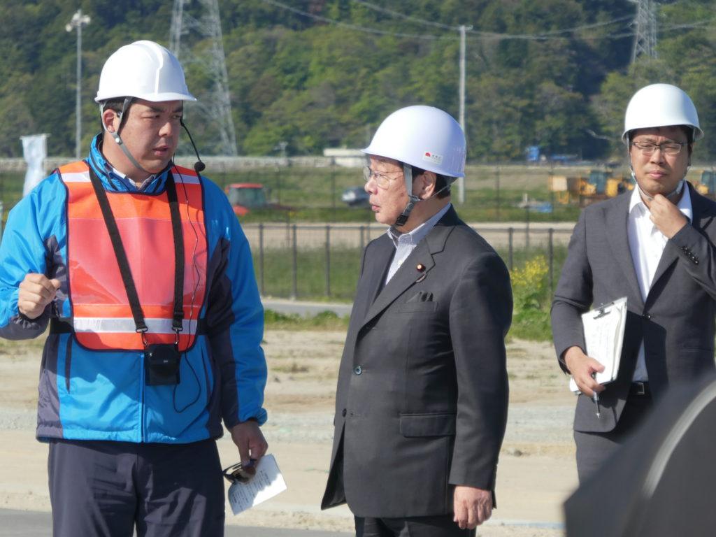 渡辺博道復興大臣来訪の様子3