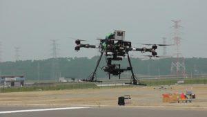 ステレオカメラによる滑走路と異物検知に関する飛行試験(東京大学、株式会社リコー、XYZエクシーズ);