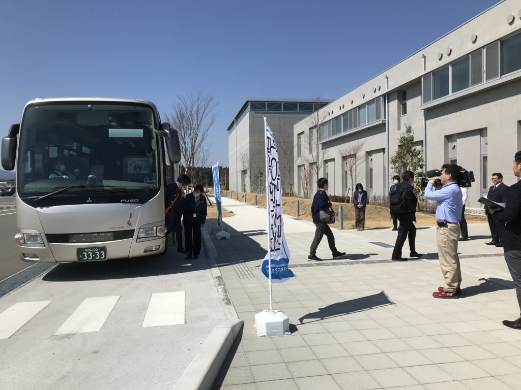 浜通り初!! 路線バスを活用した貨客混載による弁当配送サービス「RoBox(ロボックス)」が始まりました;