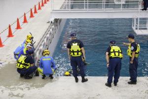 Scuba Diving Drills (Riot Police Unit, Fukushima Prefectural Police);